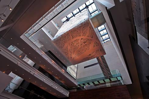 Museo Memoria y Tolereancia:  de estilo  por Arditti arquitectos