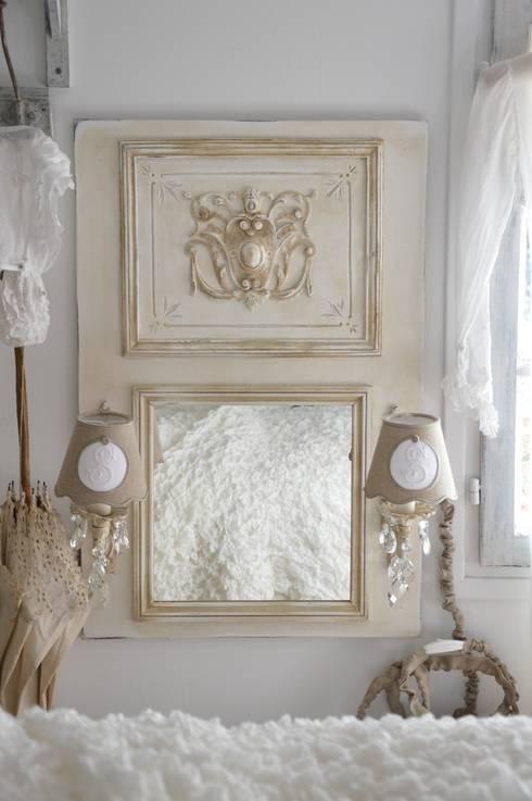 les miroirs et trumeaux shabby chic et romantique par le. Black Bedroom Furniture Sets. Home Design Ideas