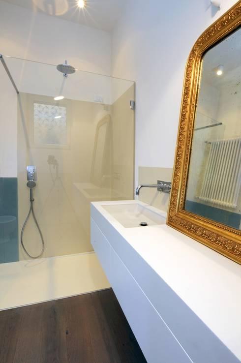 CAS/AL/PALOCCO [2012]: Bagno in stile  di na3 - studio di architettura