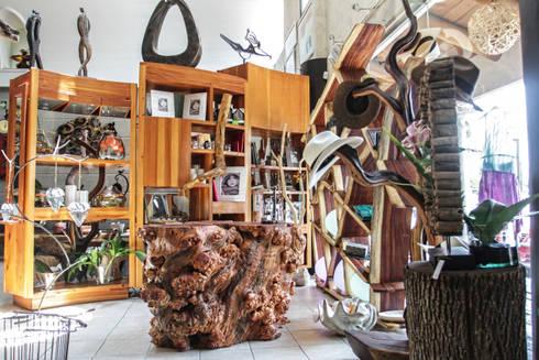 Mueble y accesorios: Vestidores y closets de estilo rústico por Cenquizqui