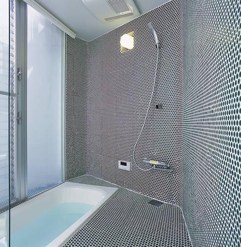 宇宿の住宅: アトリエ環 建築設計事務所が手掛けた浴室です。