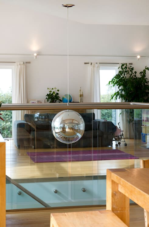 Contemporary Home, Bude, Cornwall:  Living room by The Bazeley Partnership