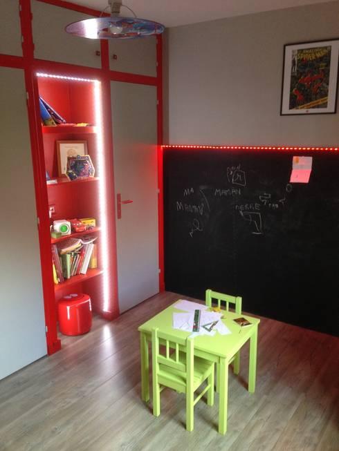 chambre d'enfant: Chambre d'enfant de style  par Design Delta