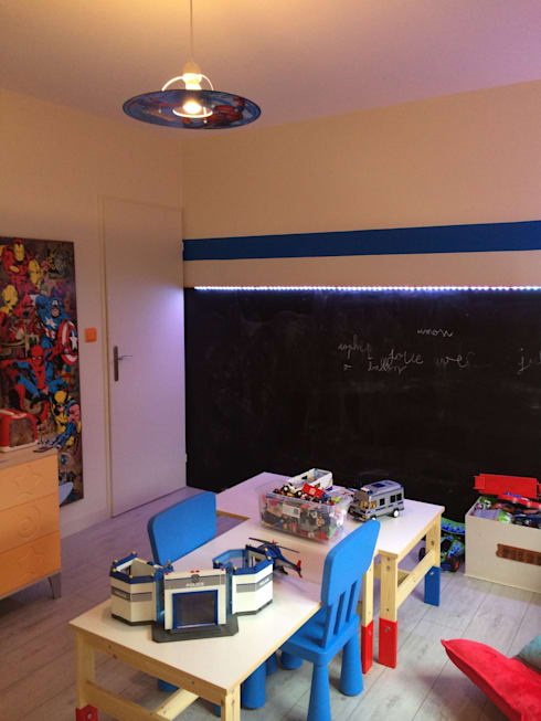 Dormitorios infantiles de estilo moderno por Design Delta