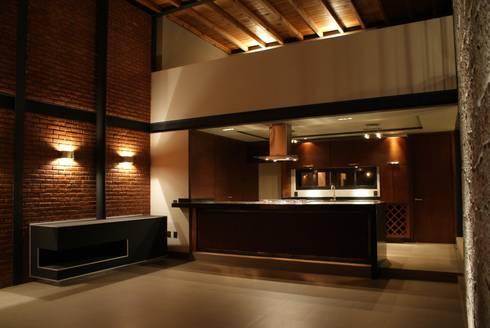 Santa María Dos: Cocinas de estilo moderno por Taller Habitat Arquitectos