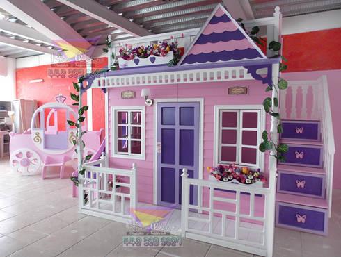Incomparable casita celestial: Habitaciones infantiles de estilo  por camas y literas infantiles kids world