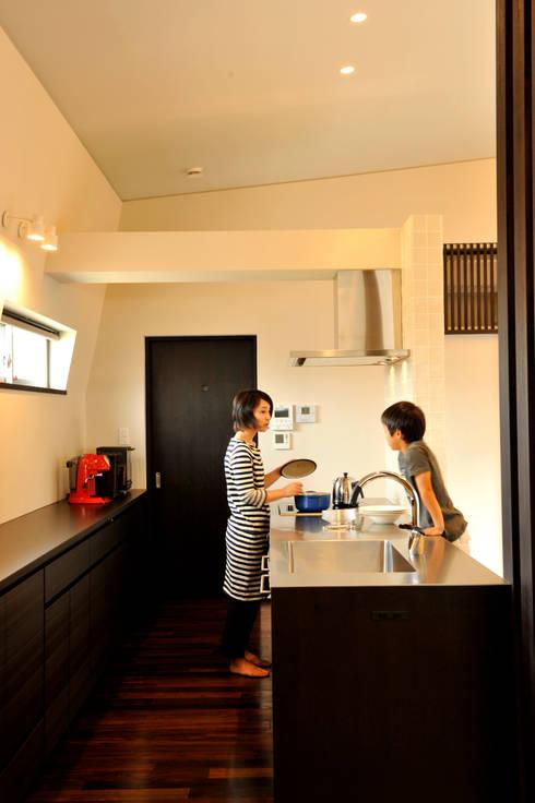 対面式キッチン: MA設計室が手掛けたキッチンです。