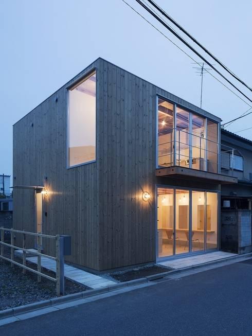 木箱の家: すずきが手掛けた家です。
