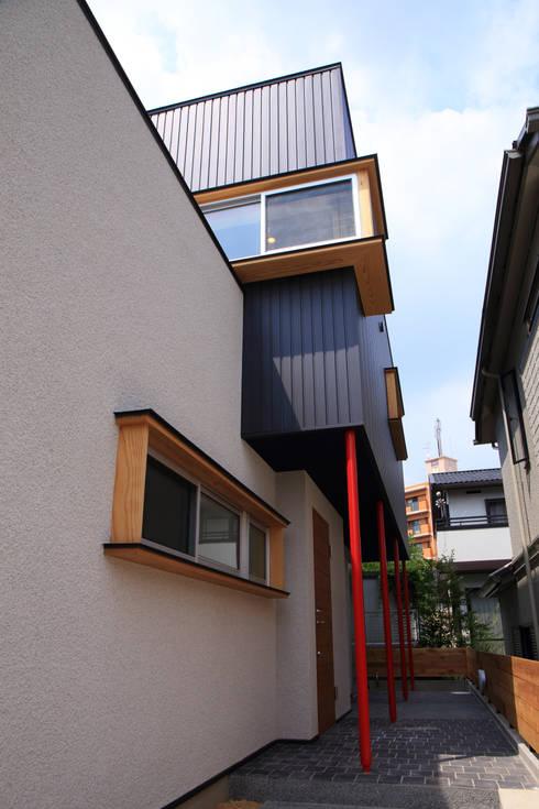 エントランス: MA設計室が手掛けた家です。