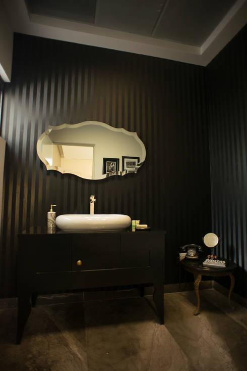 Baño Ecléctico: Baños de estilo  por NEST