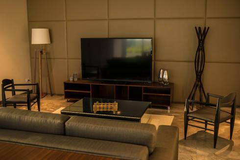 Sala: Edificios de Oficinas de estilo  por NEST