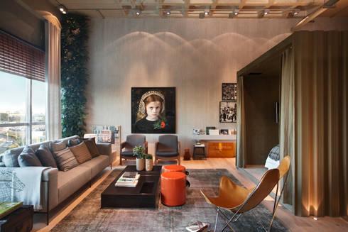 LOFT 212: Salas de estar modernas por Yamagata Arquitetura