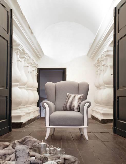 Salas de estilo ecléctico por Swarzędz Home