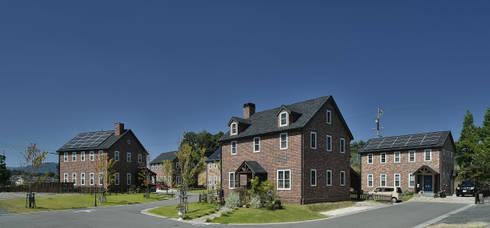 スパイラルガーデンサバーブの街並み: 株式会社 盛匠が手掛けた家です。