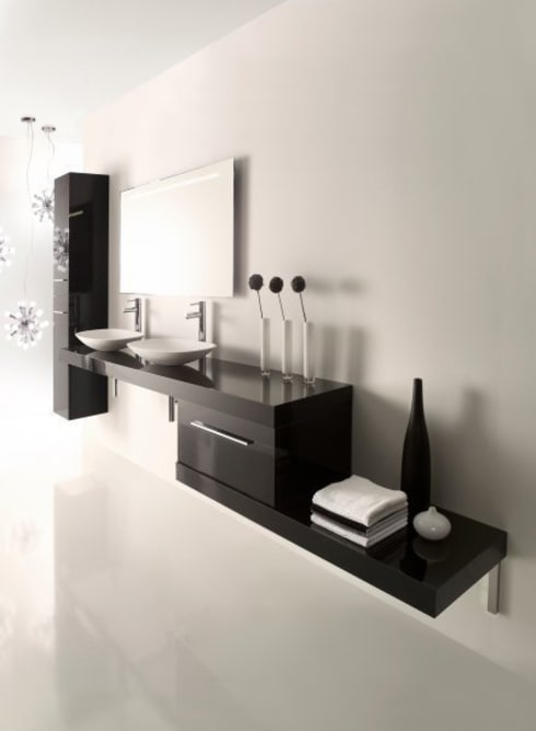 Stylisme: Salle de bains de style  par DECO CONCEPT