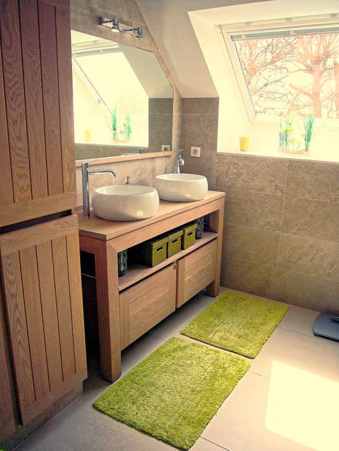 rustic Bathroom by BAOM