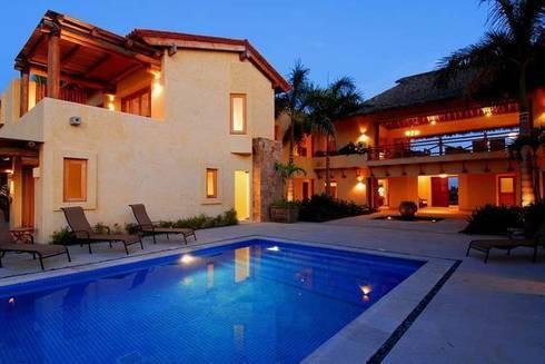 Casa Cariza: Albercas de estilo topical por BR  ARQUITECTOS