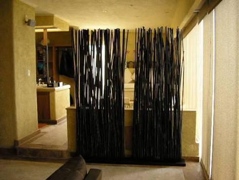 Suite / Dormitorio Principal: Spa de estilo topical por ARQUELIGE