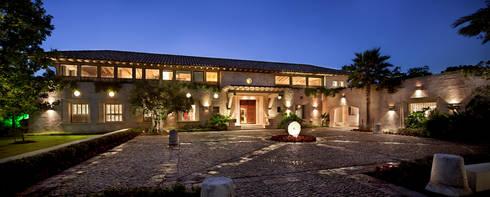 Casa Houston TX: Casas de estilo moderno por Artigas Arquitectos