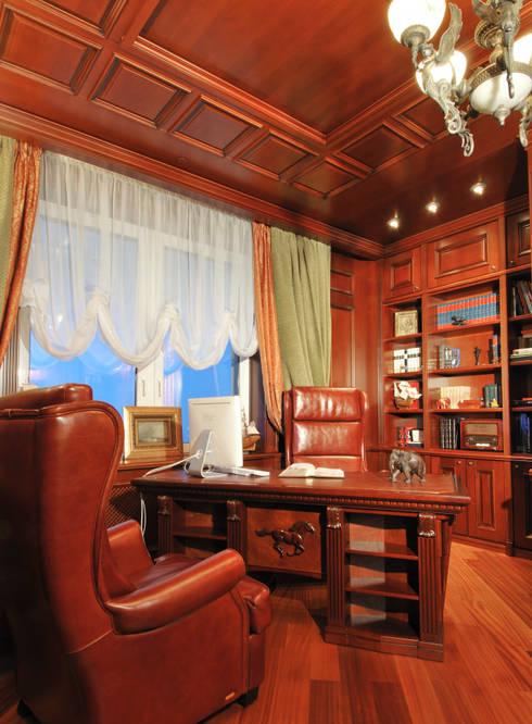 Estudios y despachos de estilo  por Sky Gallery