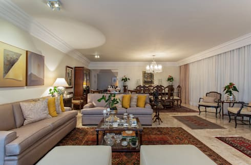 Sala de Estar e Jantar: Salas de estar clássicas por Bruno Sgrillo Arquitetura