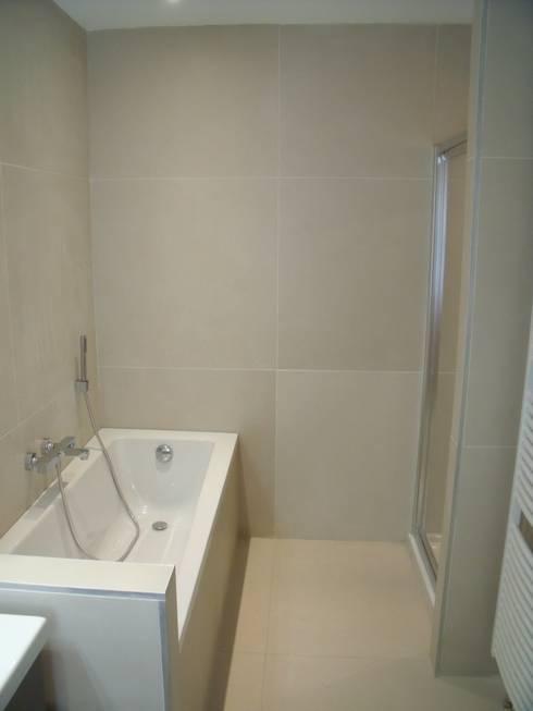 SALLE DE BAINS: Salle de bains de style  par ★GREG★ REQUILLART