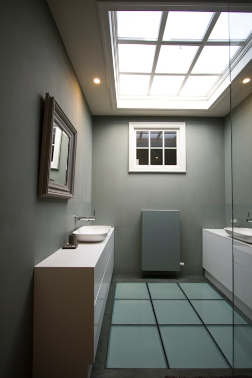 modern Bathroom by Marike