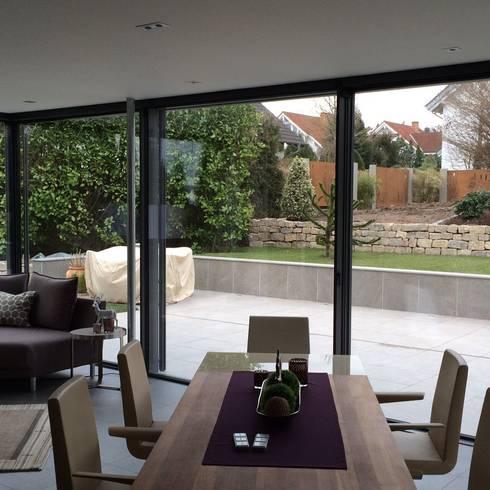 wintergarten minimalistische formen von metallbau beilmann gmbh homify. Black Bedroom Furniture Sets. Home Design Ideas