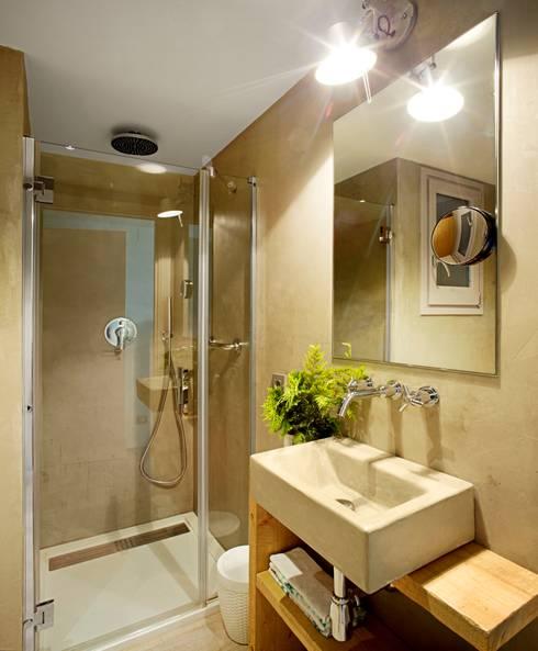Apartamento CT: Baños de estilo  de costa+dos
