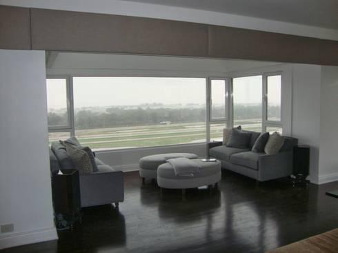 Libertador 2012: Livings de estilo moderno por Hargain Oneto Arquitectas