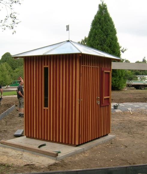 Garage/shed by Buntwerk GBR