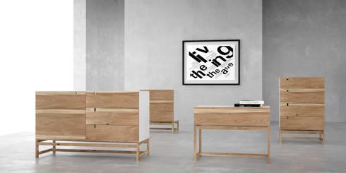 Cómodas y Mesas de luz: Dormitorios de estilo moderno por Forma muebles