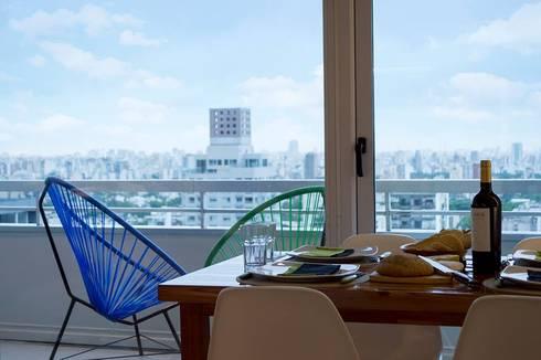 Aprovechamiento del espacio.: Comedores de estilo moderno por MINBAI