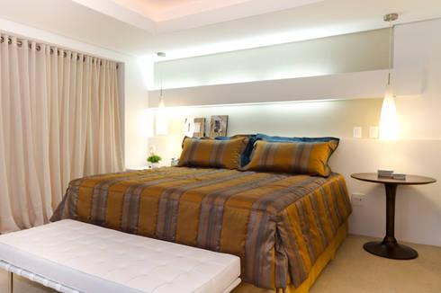 Apartamento Beiramar FL-3: Quartos  por KARINA KOETZLER arquitetura e interiores