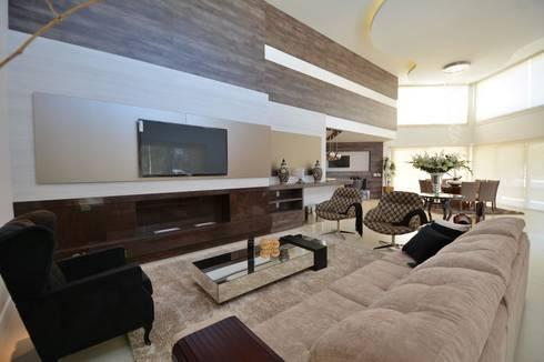 Condomínio Porto Coronado - Atlântida: Salas de estar modernas por Eliane Fanti Arquitetura