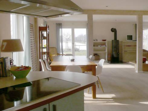 Modernisierung Ferienhaus <q>Am Steinhuder Meer</q>: landhausstil Küche von Cousin Architekt - Ökotekt