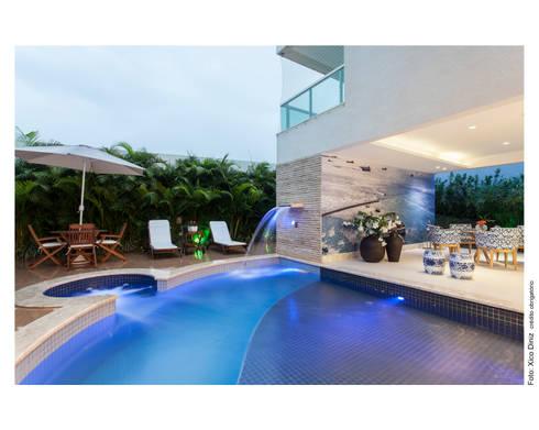 Casa Alphaville: Jardim  por Vanja Maia - Arquitetura e Interiores