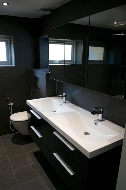 The Wilson Refurbishment : modern Bathroom by The Market Design & Build