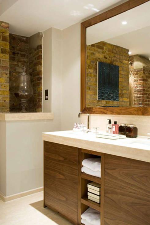 Wall hall mansion:  Bathroom by Inverse Lighting Design ltd.