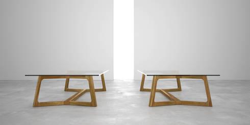 Mesa ratona doble T: Livings de estilo moderno por Forma muebles