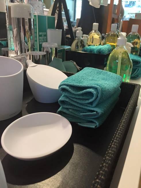 Sanimaia, Lda: klasik tarz tarz Banyo