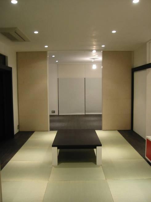 和室: 青戸信雄建築研究所が手掛けたです。