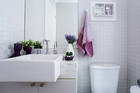 Apartamento São Bernardo: Banheiros modernos por Amanda Pinheiro Design de interiores