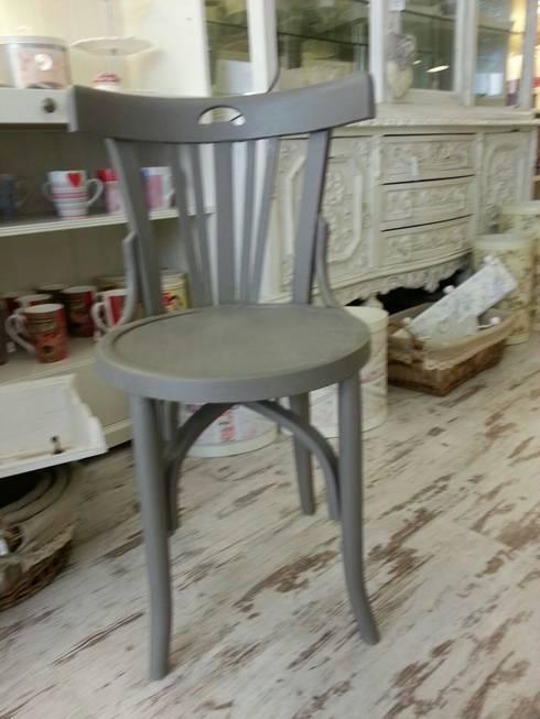 Muebles varios: Comedor de estilo  de white wood & co.