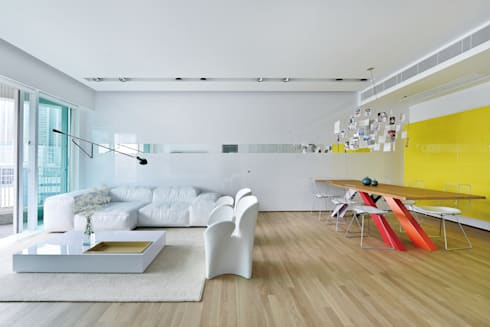 Harbour Green:  Living room by Millimeter Interior Design Limited