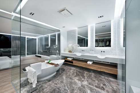 Magazine editorial—House in Sai Kung by Millimeter: modern Bathroom by Millimeter Interior Design Limited
