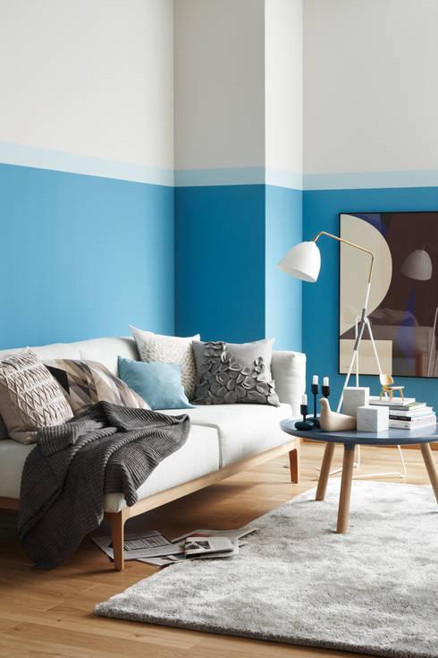 Trendfarbe Pool:  Wohnzimmer von SCHÖNER WOHNEN-FARBE