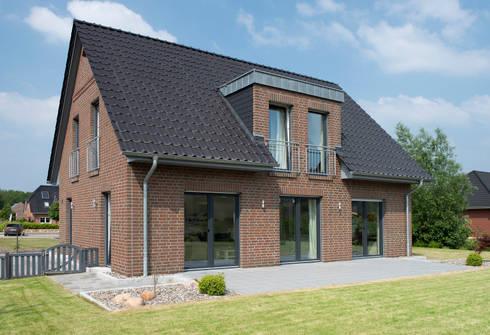 Musterhaus Lüneburg: Norddeutscher Haustyp mit Charme von Heinz von ...