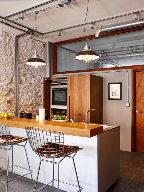 Cocinas de estilo  por Sapphire Spaces