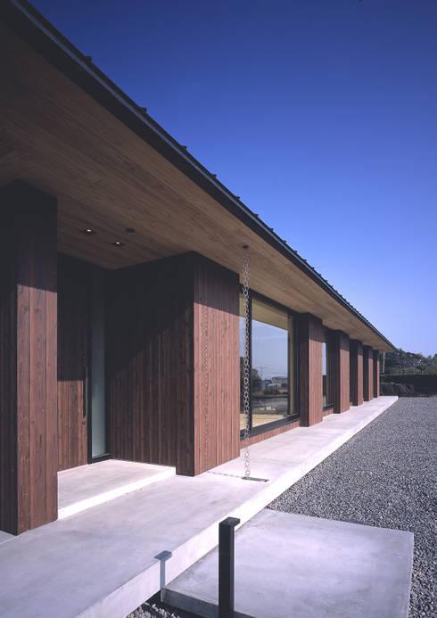 House K: 末永幸太建築設計 KOTA SUENAGA ARCHITECTS が手掛けた家です。